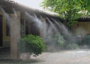 Защита от комаров с помощью системы туманообразования